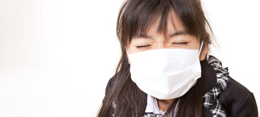 学童期の肺炎の原因第1位「マイコプラズマ」と風邪との違い