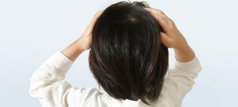 こどもにも頭痛はあるの?「頭が痛い」と言ってきたときに考えること