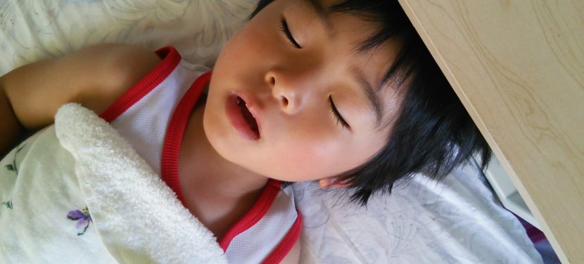 よく寝る子はよく育つ:「睡眠時無呼吸症候群」について