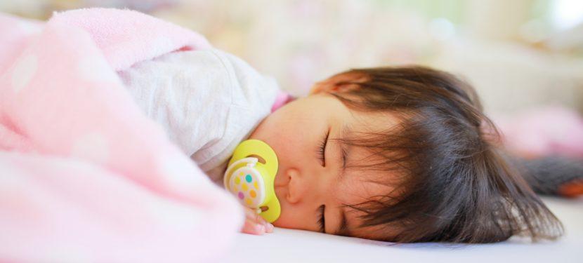 赤ちゃんはどのくらい寝られればいいの?
