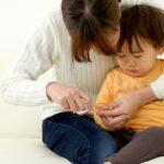 子どもの爪トラブル(前編)〜爪の相談は小児科や皮膚科へ〜